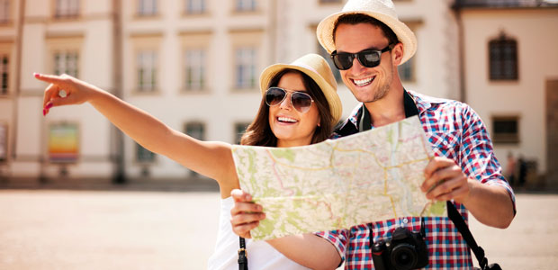 couple-with-map_Thinkstock-174105711